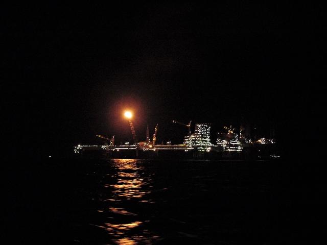 We hebben gezelschap op de donkere Noordzee