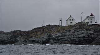 De ingang van de Bomlo fjord