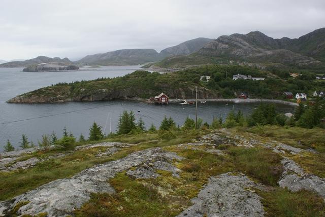 De zeer goed beschermde haven van Bessaker, althans voor ZW winden