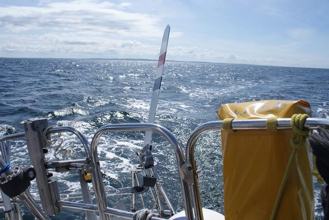 De windvaan stuurt en houdt windschiftingen heel goed in de gaten