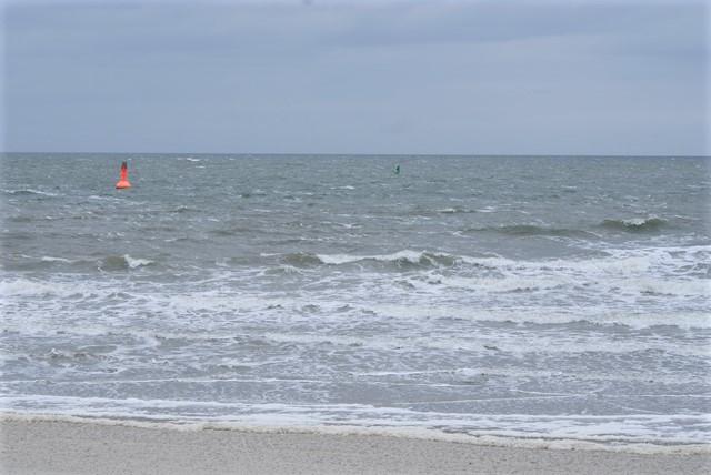 De zee begint al wat onrustig te worden.
