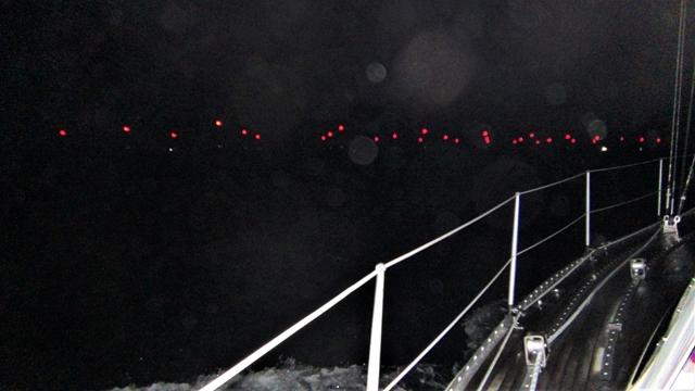 De lichten van het windmolenpark