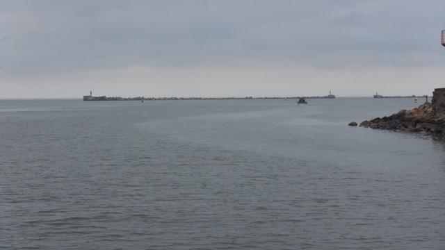 De enorm grote buitenhaven van Liepaja