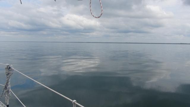 De zee: zo vlak als een spiegel