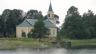 Het 'kyrk'je waar we tegenaan kijken