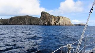 In rustige wateren Oost van Fair Isle