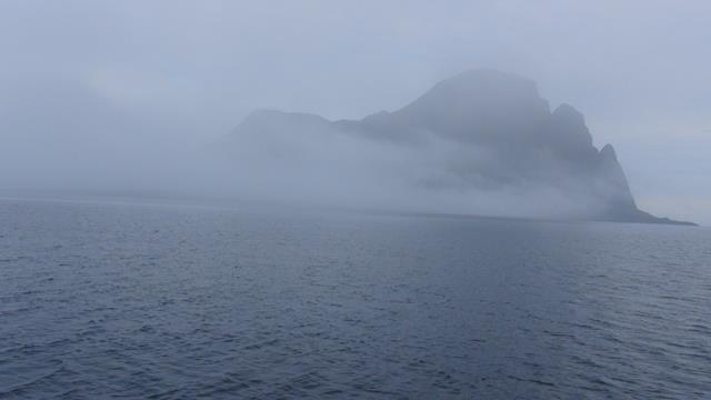 Er komt mist aan en Alden verdwijnt heel snel uit zicht