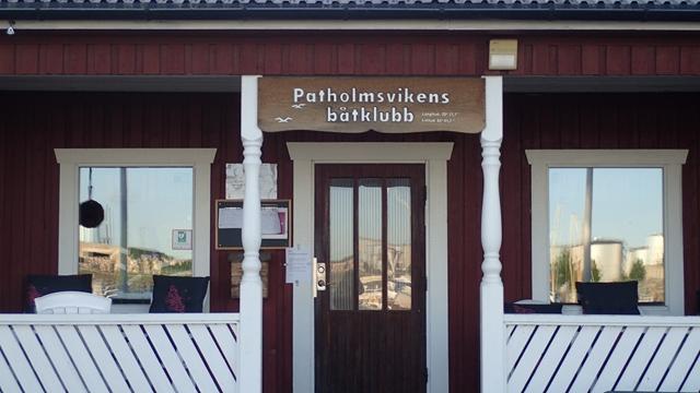 Een mooi clubhuis van de Umea zeilvereniging