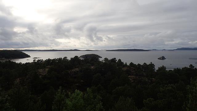 De Trondheimsleia met Hitra op de achtergrond